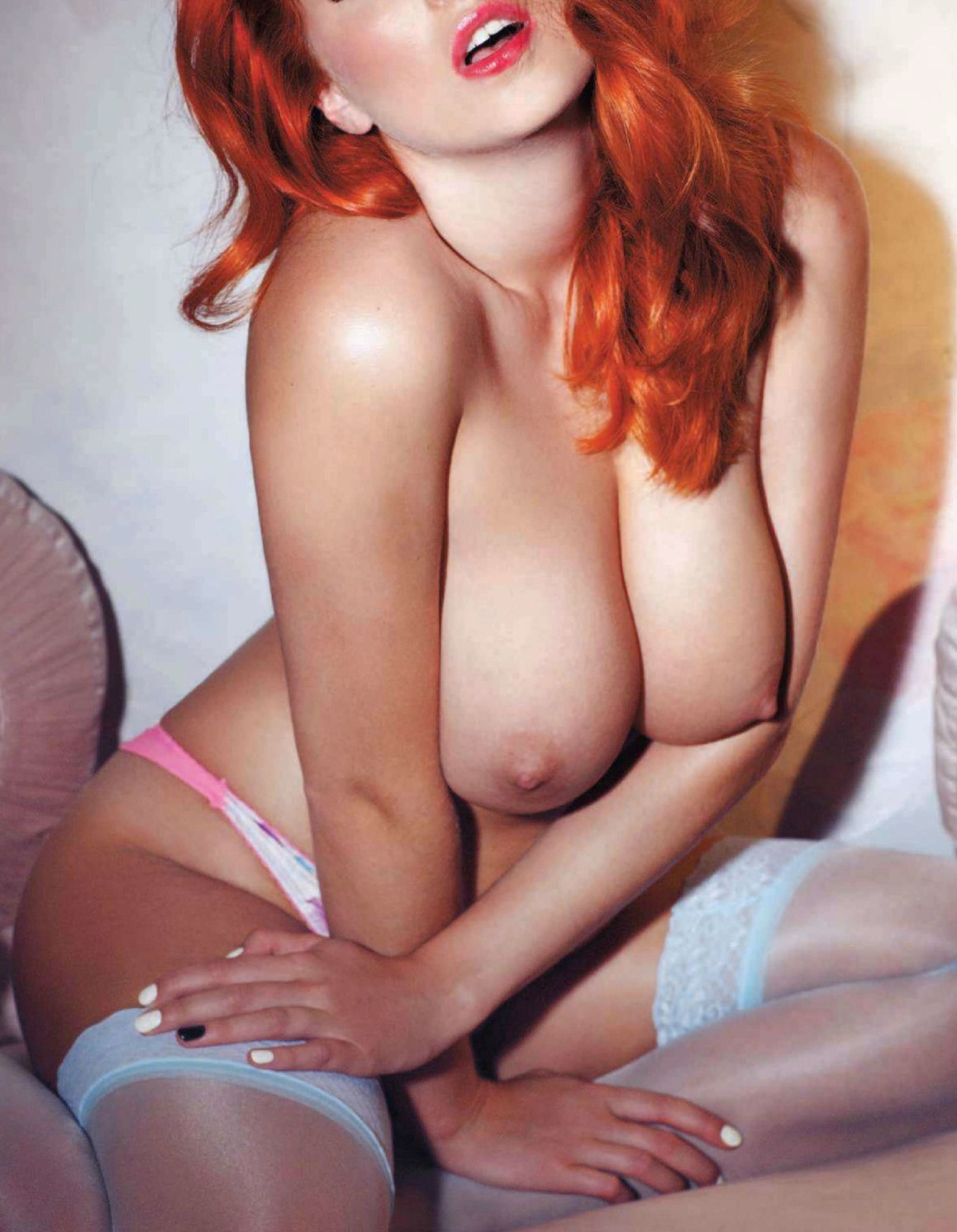 ruiva uk escort videos
